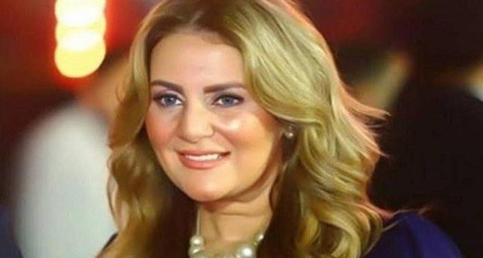 رانيا محمود ياسين تحذر متابعيها من حسابات مزيفة تتحدث باسمها عبر تويتر فيديو اوان مصر