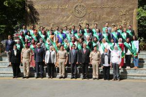 أشرف صبحي يشارك في ختام دورة الاستراتيجية والأمن القومي بأكاديمية ناصر العسكرية (صور)