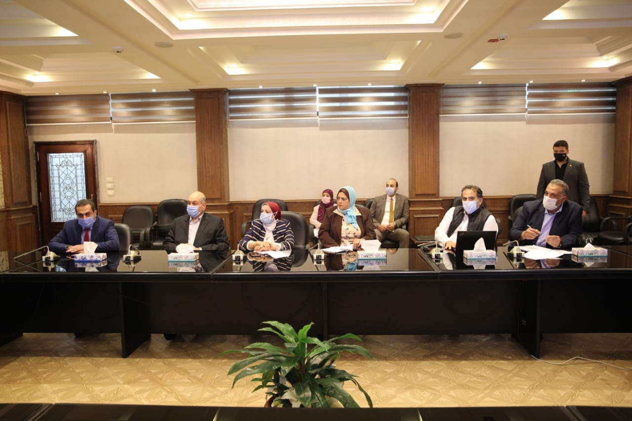 اجتماع وزير الشباب والرياضة