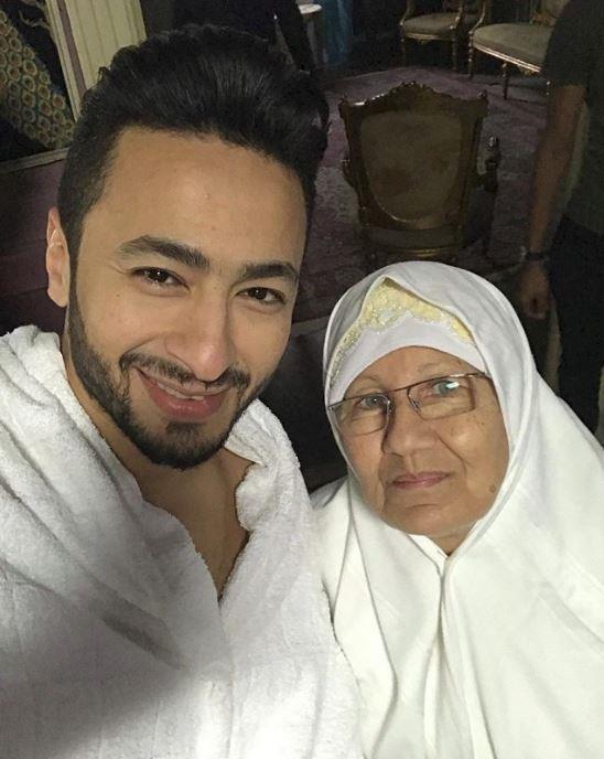 لقاء والدة حمادة هلال مساء الليلة على قناة MAC