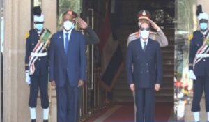 السيسي يصل السودان