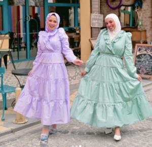 الفستان الواسع عند الخصر
