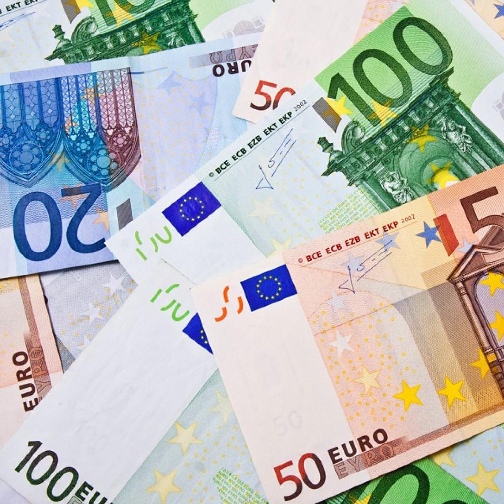 سعر عملة اليورو الاوربي اليوم السبت 10-7-2021 في البنوك المصرية