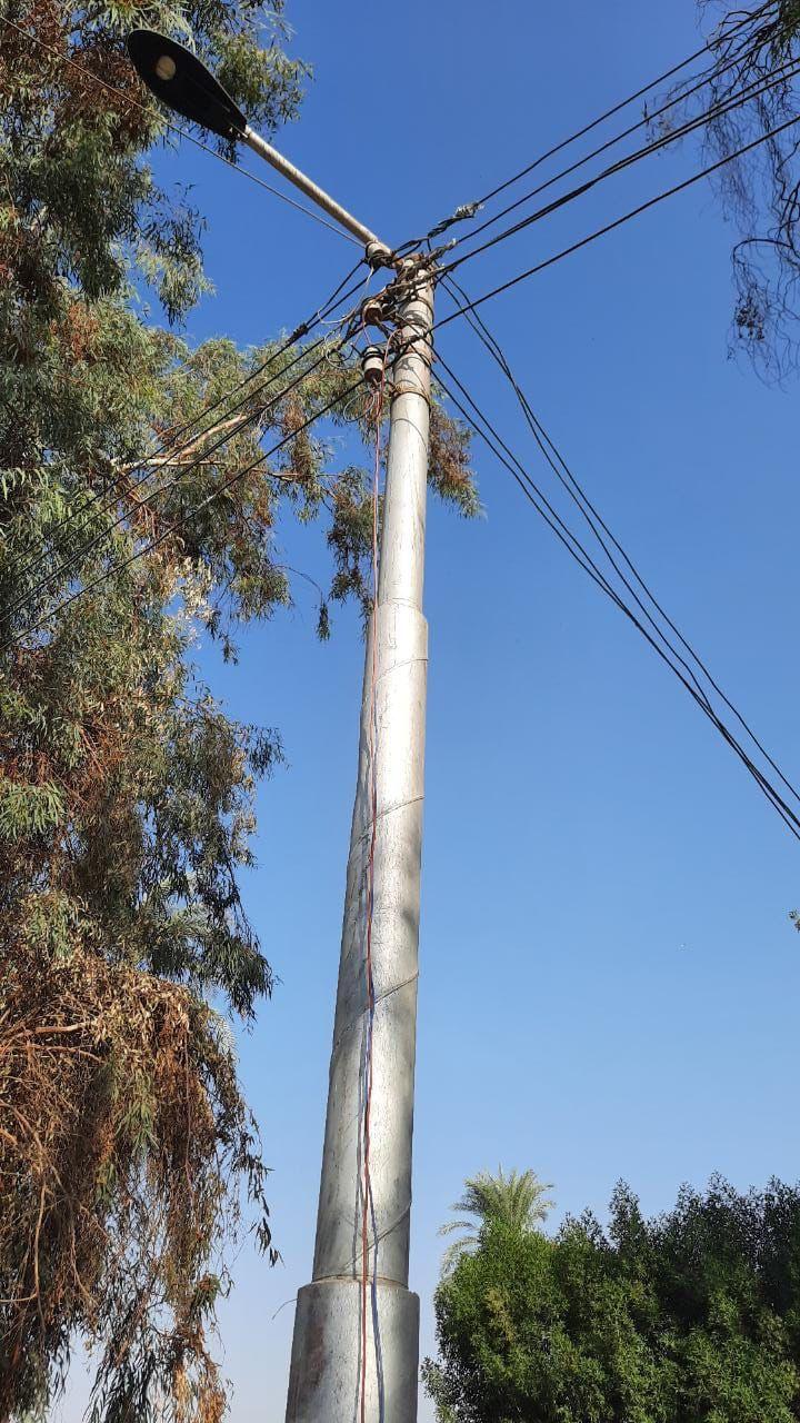 """ازاله كابل كهرباء غير قانوني يمثل خطورة على المواطنين بـ الأقصر """"صور"""""""